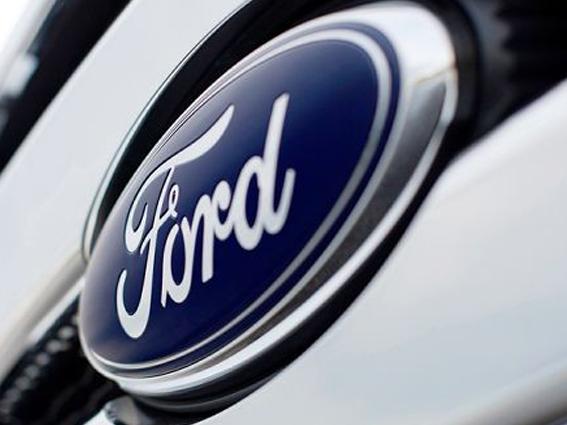 Ailerons & Becquets pour automobiles Ford