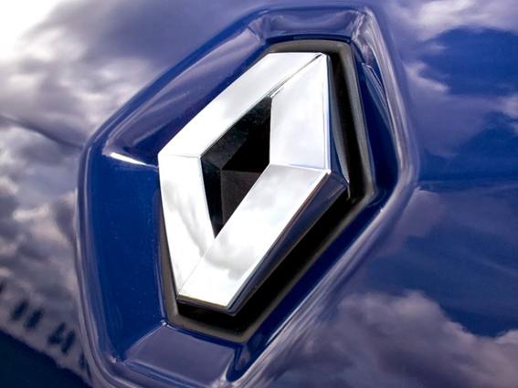 Ailerons & Becquets pour automobiles Renault