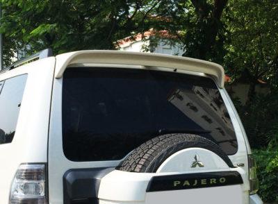 Aileron pour Mitsubishi Pajero