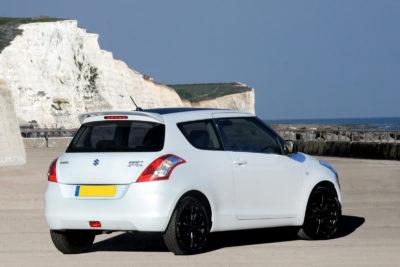 Aileron pour Suzuki Swift 3