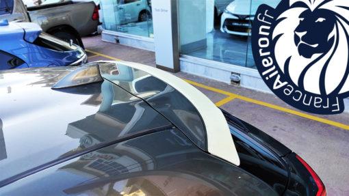Aileron pour Toyota Yaris 4