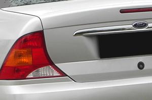 Focus 1 sedan (1998-2005)