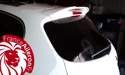 aileron pour Peugeot 208