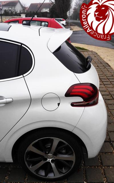 Spoiler GTi pour Peugeot 208