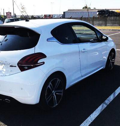 Rear spoiler GTi pour Peugeot 208 (photo envoyée par un acheteur)